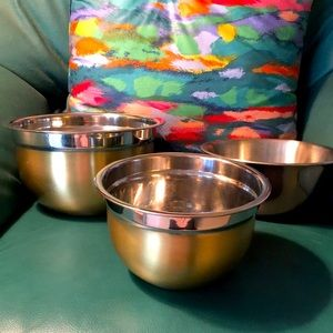 Decorative copper and gold toned bowls